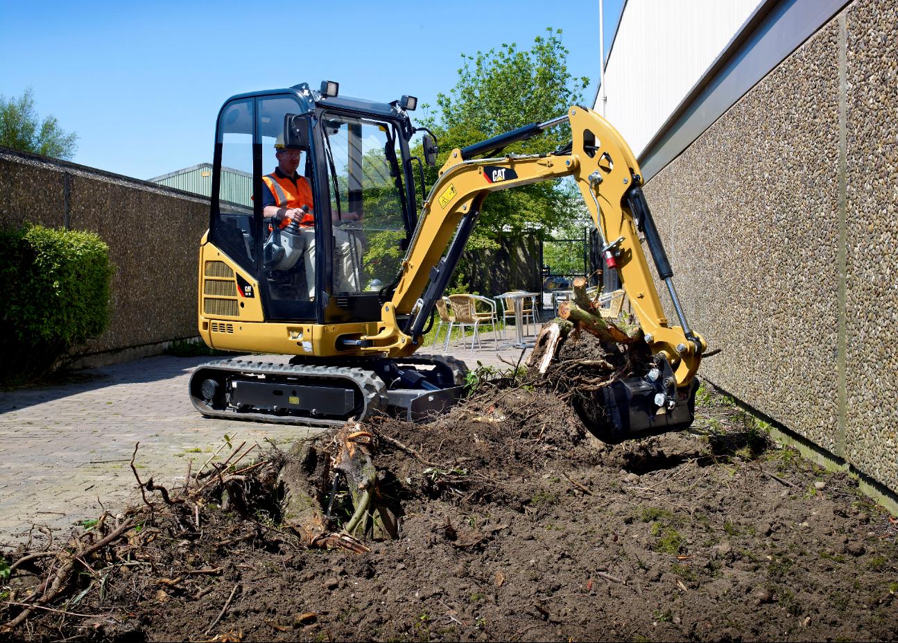 mini-excavator-landscaping